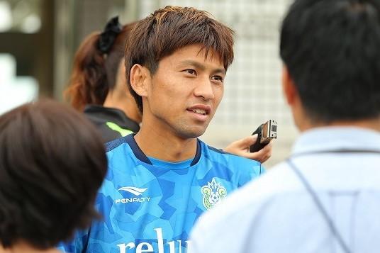 監督不在の2か月は「正直、長かった」。浮嶋敏新監督のもと湘南が新 ...